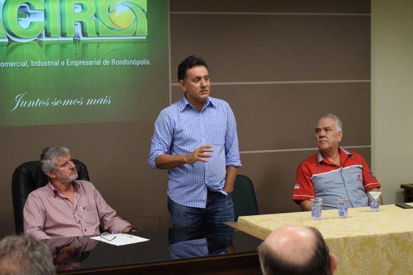 Refis para micro e pequenas empresas em debate na ACIR