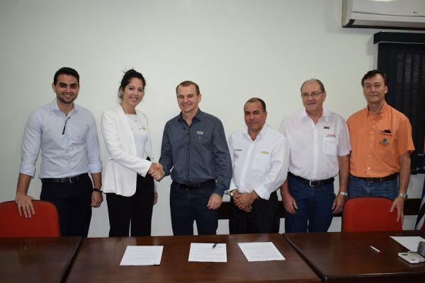Novo convênio da ACIR garante descontos diferenciados para compra de carros