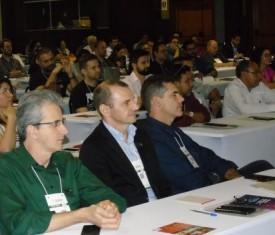 Negócios oportunidades e perspectivas no encontro da Facmat