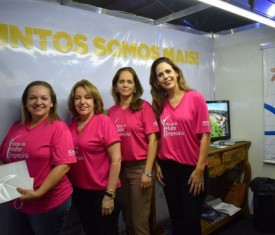 Feira do Empreendedor dá espaço para campanha Outubro Rosa