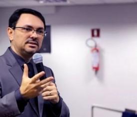 ACIR traz Rossandro Klinjey para comemorar o Dia do Comerciante